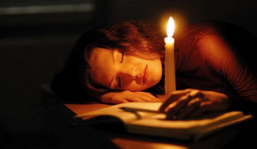 От бессонницы помогут пять сильных молитв