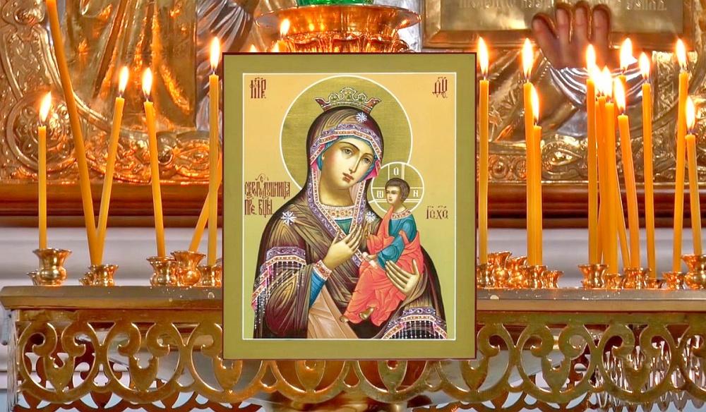 лик Богородицы с младенцем