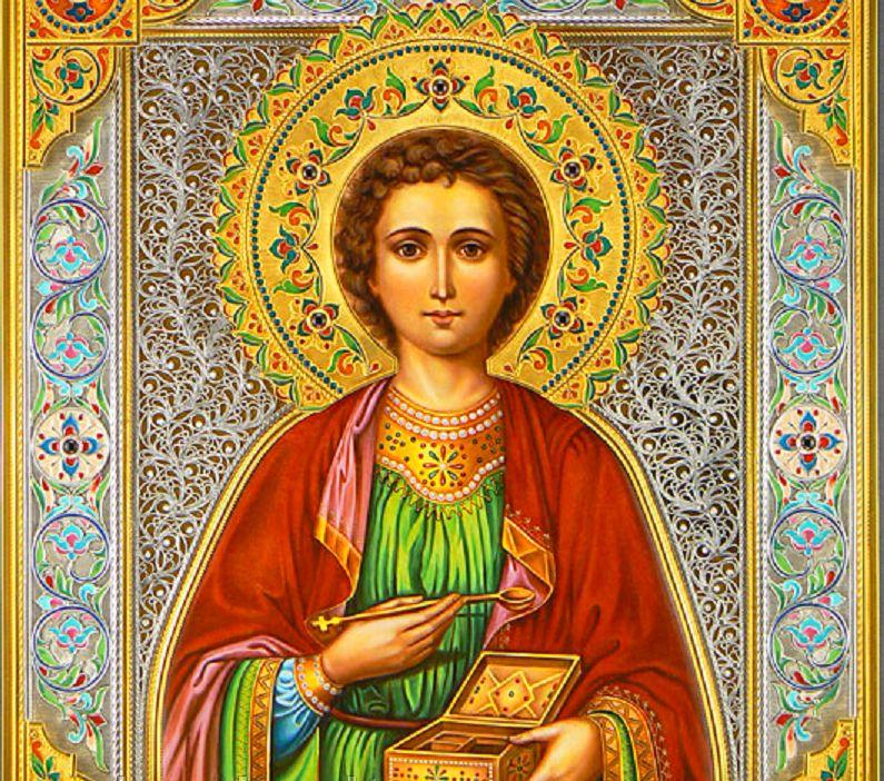 лик святого Пантелеймона